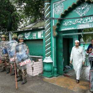 Anger builds in Kashmir as Friday prayers held amid security