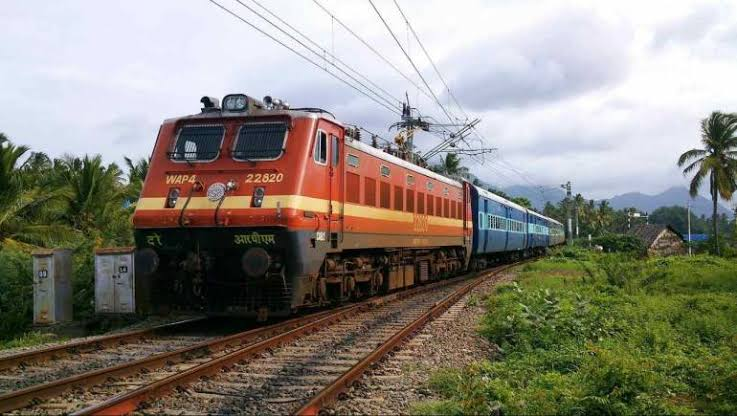 Indian Railways running 2,500 additional services till Christmas to deal with festival rush