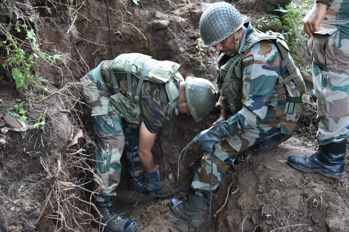 Army defuses two missile shells in Poonch