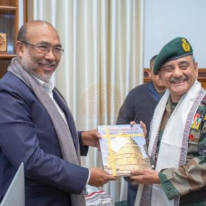 Hon'ble CM N Biren Singh with Indian Army and Gift exchange time