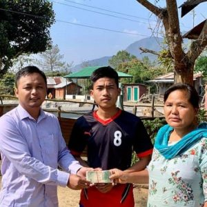 Mr.Titus Khualthianlal, 15yrs (a class-X student) in CM Covid19 Relief Fund ding pia