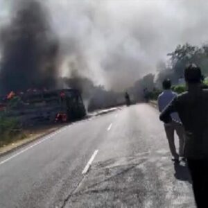Bus catches fire on Delhi-Jaipur Highway; three dead, several injured